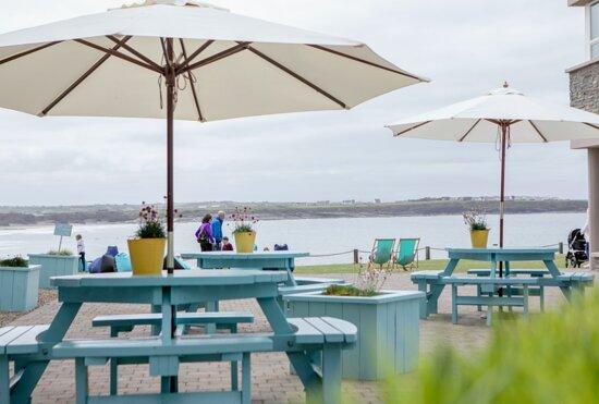 Ocean terrace at the Armada Hotel