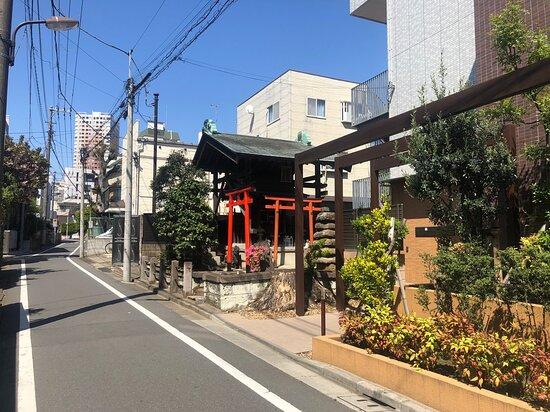 Inari Dainyojin