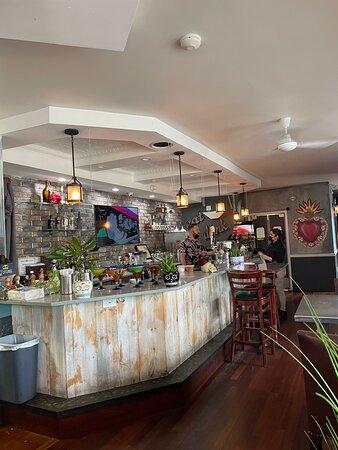 Wallington, NJ: bar