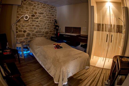 Vue cabine de soins, massages