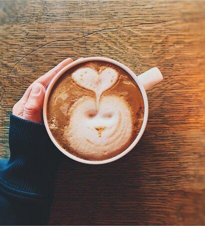 🌸 Tenk positivt og ta deg en latte!