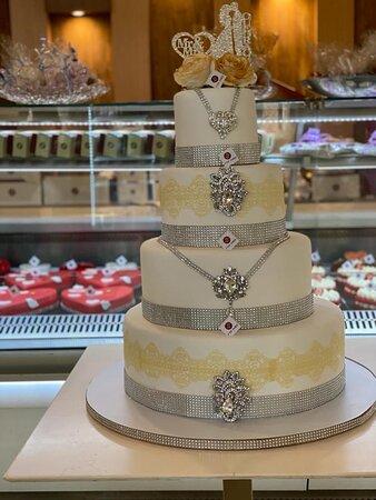 Gâteau de mariage 4 étages, 100 parts