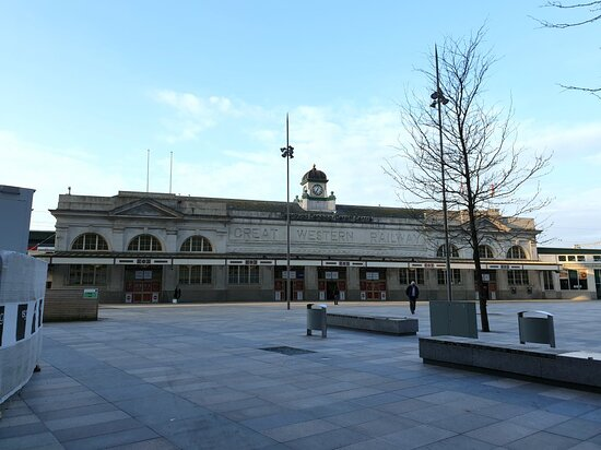 Cardiff Central Station and Central Square, photos taken on a bitterly cold morning in April 2021