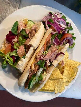 Half salad baguette