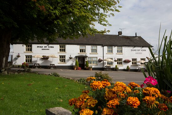 Flagg, UK: The Duke of York pub has an Adult only 30 Pitch Caravan/campsite.