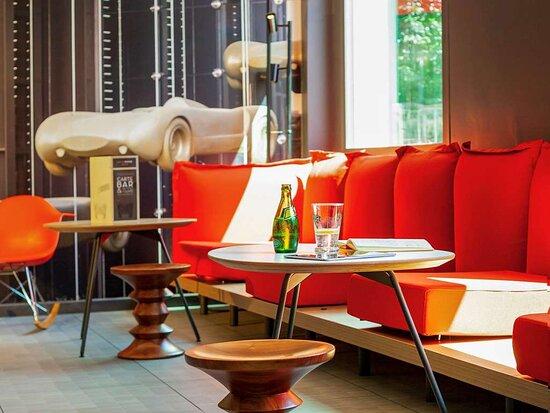 Sausheim, Pháp: Bar Lounge