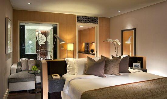 Bedroom Of Cutler Suite (Studio)
