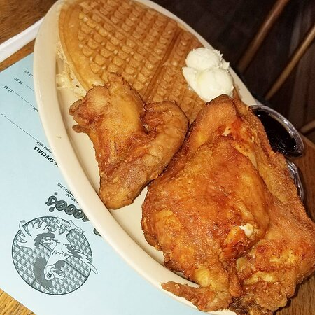 1/4 White Chicken with 2 Waffles