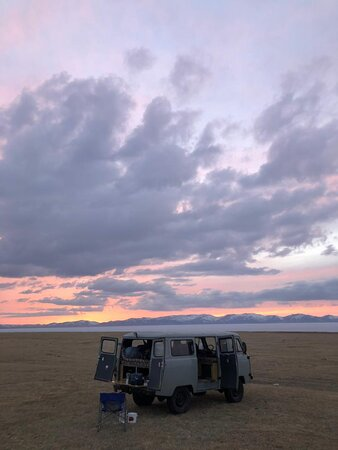 UAZ Buhanka Rental: Son Kol camping