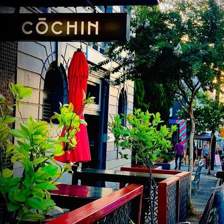 Cochin sidewalk.