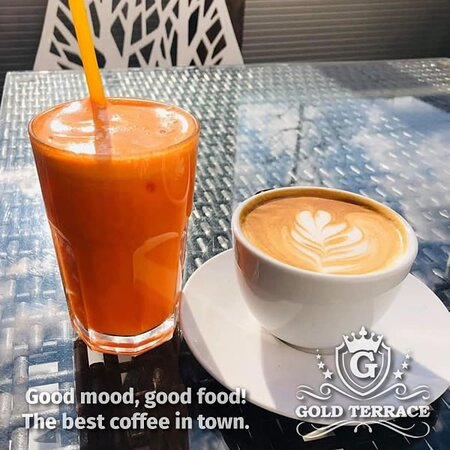 We invite you to enjoy in an intimate and quiet setting the best coffee in Ocna Mureș