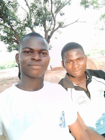 Dapaong, טוגו: La fraternité des ressortissants des deux étudiants de pligou de l'Université de Lomé.
