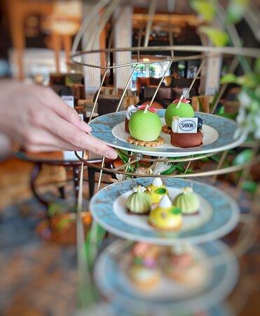"""Blissful Green'  Afternoon Tea Set"