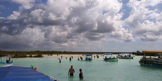 Bacalar, Mexico: pasa un día increíble en esta laguna