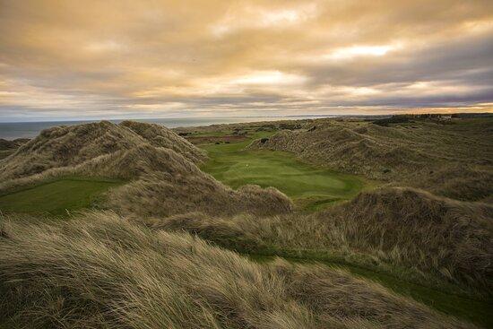 Trump Aberdeen Exterior golf 10th hole