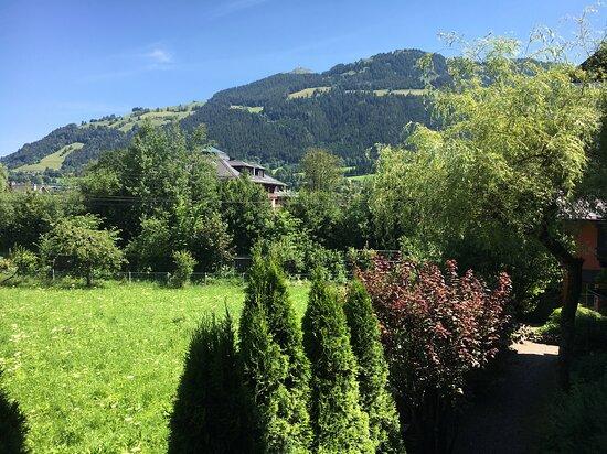 Blick aufs Kitzbüheler Horn vom Zimmer - view  from your room to towards the Kitzbüheler Horn