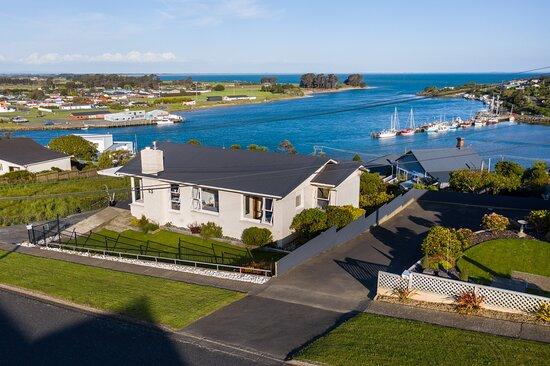 Riverton, New Zealand: Perfect location