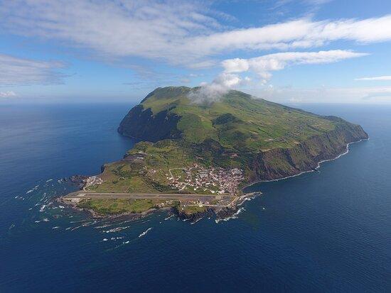 Corvo, פורטוגל: Vista Geral da zona sul da ilha do corvo.