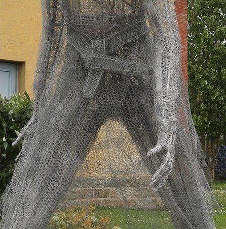 Sculpture: Promenade