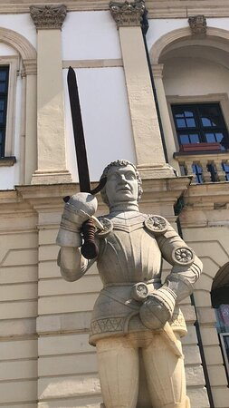 Magdeburger Roland Statue - obrovská socha