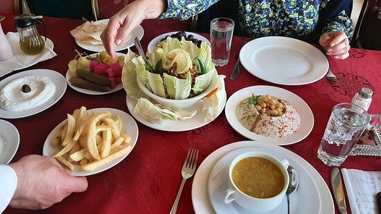 Bloudan, Syria: Great Soup; Salad; French Fries and Hummus.
