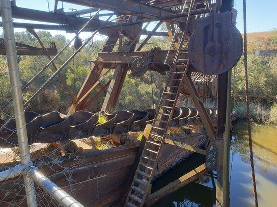 Eldorado, Austrália: The buckets at the front