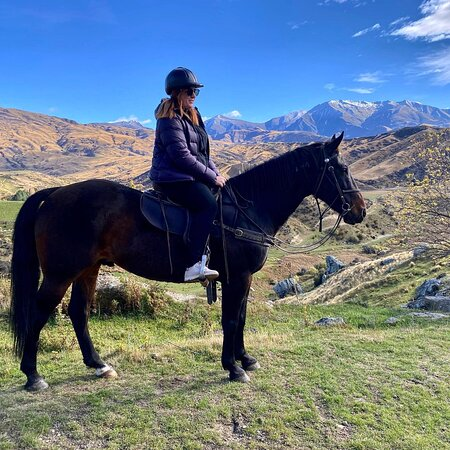 Small-Group Gold Discovery Horse Riding in Cardrona Valley: Horse trekking in Cardrona Valley