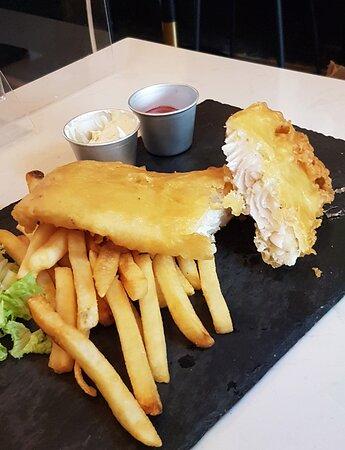 英式炸魚柳伴粗薯條