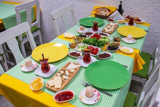 Sığacık Evo'da kahvaltı