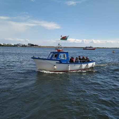 Lady Helen boat trips with Cardiff Baytrippers