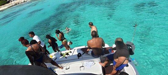 Aruba Deluxe Sailing