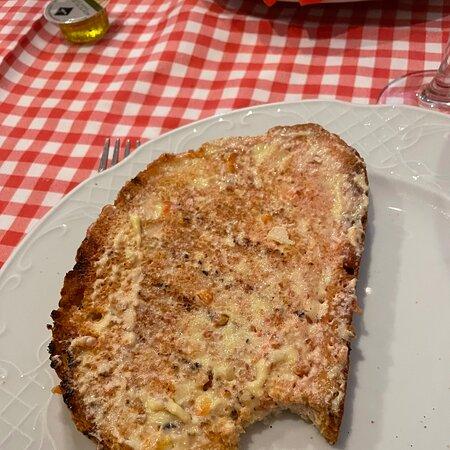 Pan con tomate y alioli ( ami me gusta así)