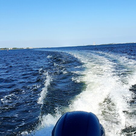 Navarre Beach Pontoon Rentals