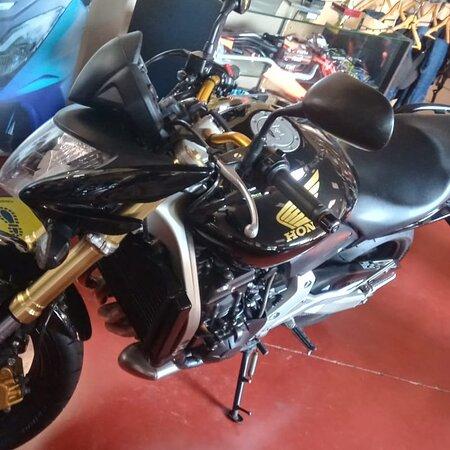 Seville, Spain: Honda cbf 600 del 2007 27.298 Itv hasta octubre