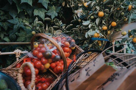 Fresh local Fruit & Veg