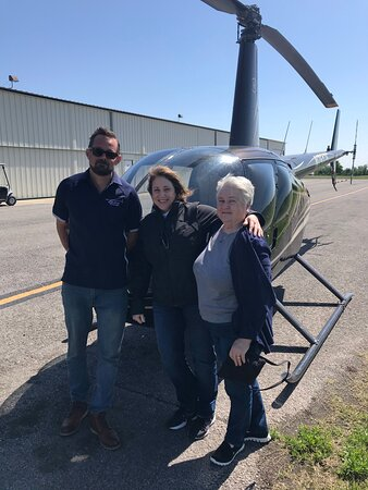 Helicopter Tour of Downtown Nashville & Music City (20-Minutes): Joel, our pilot with my Aunt and I