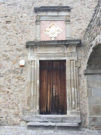 Castello Branciforti portone