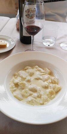 Portacomaro, Italy: Gnocchi al formaggio