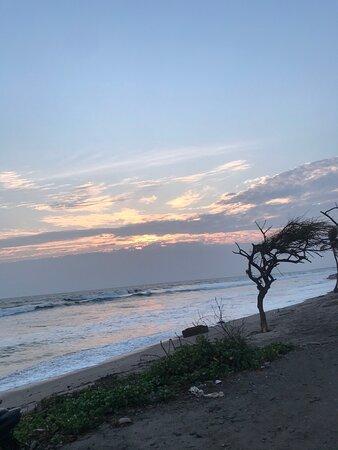 Jiquilillo, Nicaragua: Beautiful place 😍. Atardeceres mágicos 🌥