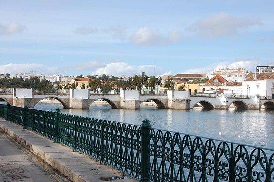 Escursione di un giorno in Algarve orientale con Almancil, Faro