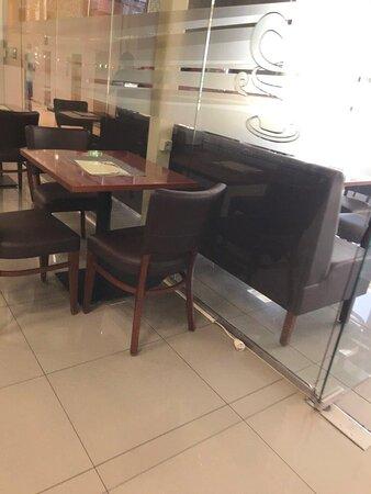 Caffe Richi kaviareň OC VAH Hlohovec Slovensko