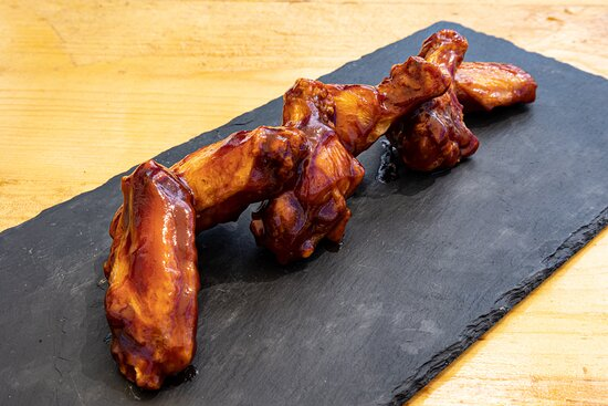 Beer and chicken wings are the best kind of friends!