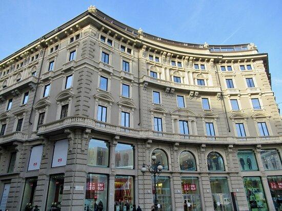 Palazzo Di Via Cordusio 2