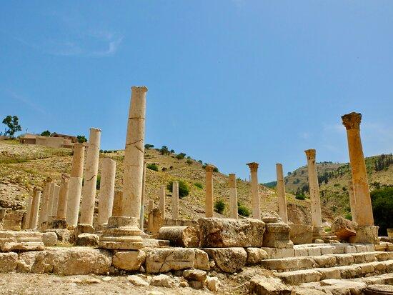 Irbid Governorate, Jordania: Renovated pillars