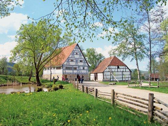 Schwabisch Hall, Germany: Das Bauernhaus aus Zaisenhausen, eines der ältesten Gebäude im Hohenloher Freilandmuseum