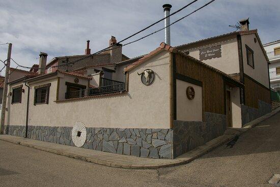 """Las Majadas, Spain: CASA RURAL JAVIER  """"EL MOLINO"""" 16 PLAZAS-SALON DE CELEBRACIONES COCINA INDUSTRIAL Y PLANCHA PATIO-609267852"""