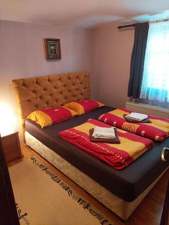 Beautiful sleeping room, with a very comfortable bed