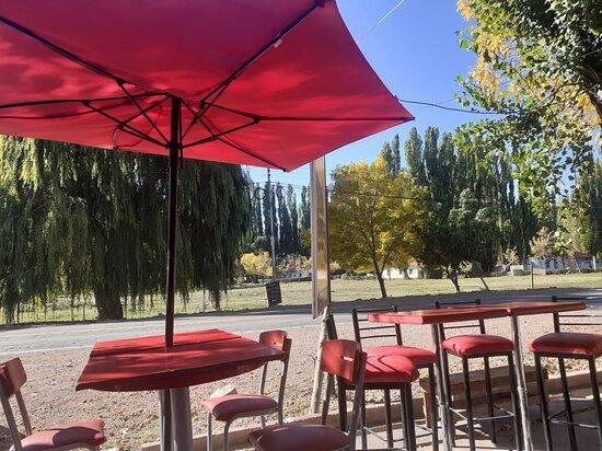Uspallata, Argentina: Vereda de LALOREPASTAS