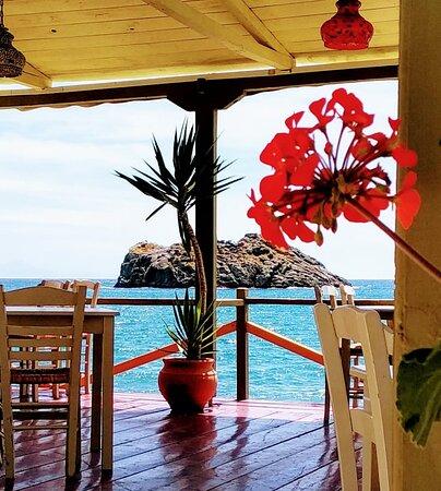 Eresos, Greece: Ourios anemos restaurant