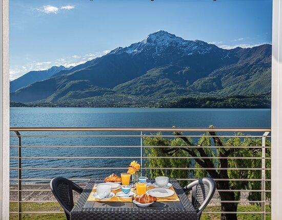 Appartamento deluxe, terrazza fronte lago